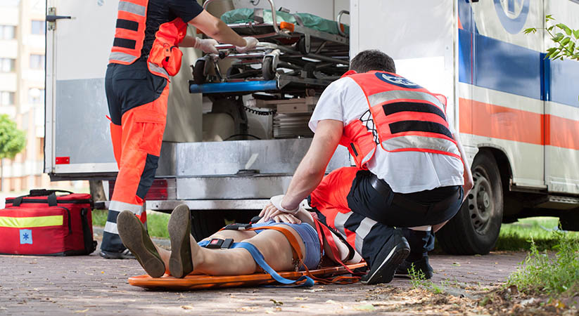 Horizontal view of paramedics during their work